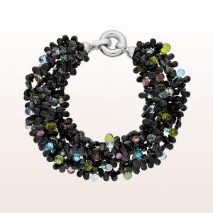 Armband mit schwarzem Spinell, Aquamarin, pinken Topas, grünem Saphir, Peridot und Apatit mit Silber Klappschließe