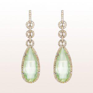 Ohrgehänge mit grünen Berylle 39,02ct und braune Diamanten 3,99ct in 18kt Weißgold