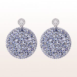 Ohrgehänge mit Tansanite, Diamanten in 18kt Weißgold