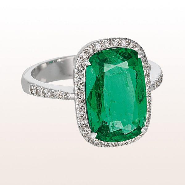 Ring mit Smaragd 4,23ct und Brillianten 0,78ct in 18kt Weißgold