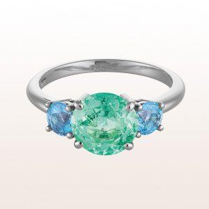 Ring mit hellgrünem Smaragd 1,80ct und Aquamarin 0,67ct in 18kt Weißgold