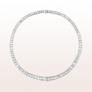Collier emerald cut Diamanten 56,20ct in Platin