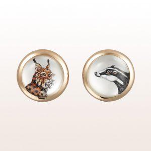 Manschettenknöpfe mit Tiermotiven (Luchs, Dachs) aus Bergkristall und Perlmutt in unrhodiniertem 18kt Weißfold