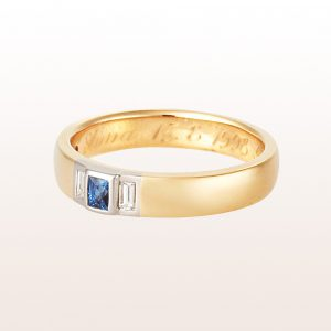 Ring mit Saphir Carré 0,28ct und Baguette-Diamanten 0,18ct in 18kt Gelbgold