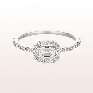 Ring mit emerald cut Diamant 0,34ct und Brillanten 0,27ct in 18kt Weißgold