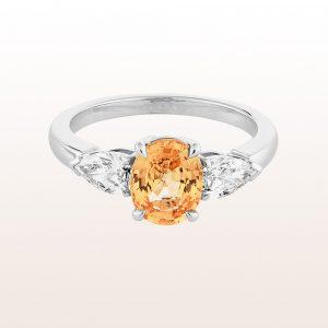 Ring mit gelb-orangem Saphir 1,75ct und Brillanten 0,64ct in 18kt Weißgold