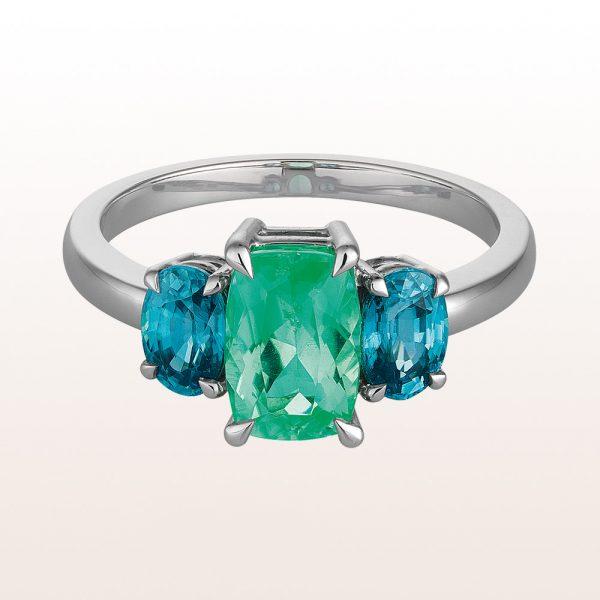 Ring mit grünem Turmalin 1,46c und, blauen Zirkonen 1,70ct in 18kt Weißgold