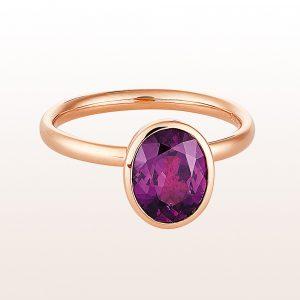 Sammelring mit violettem Granat 2,23ct in 18kt Roségold